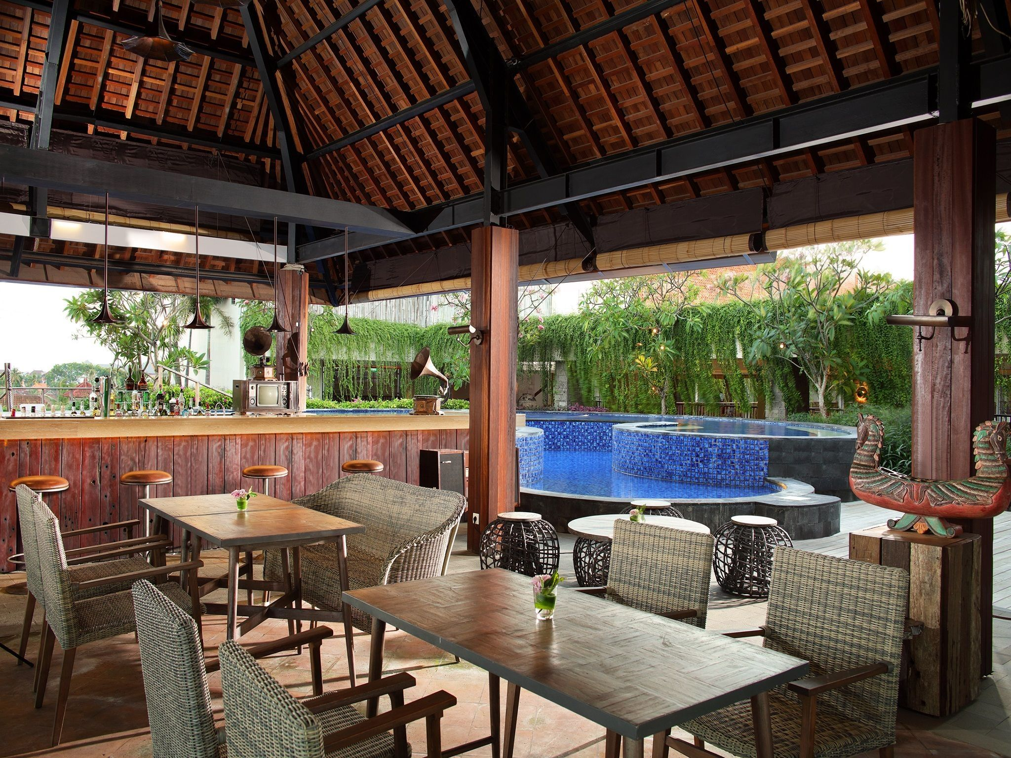 Vertigo - Dining at Four Points by Sheraton Bali, Kuta